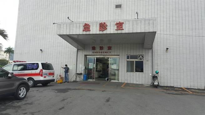 高男送至台北榮民總醫院玉里分院時已無呼吸心跳。(楊漢聲攝)