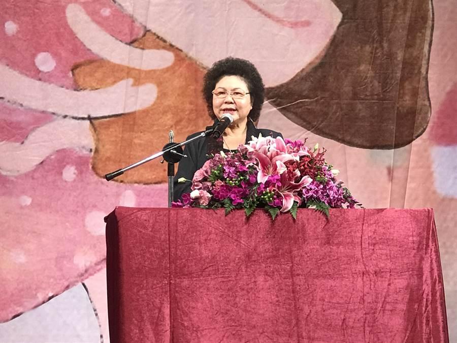 議員連環爆另有狼師,高雄市長陳菊今日說出重話,認為當成社會事件操作非常不妥。(柯宗緯攝)