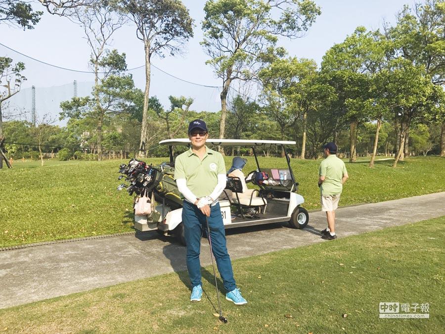 群益期貨董事長孫天山熱愛打高爾夫球。圖/孫天山提供