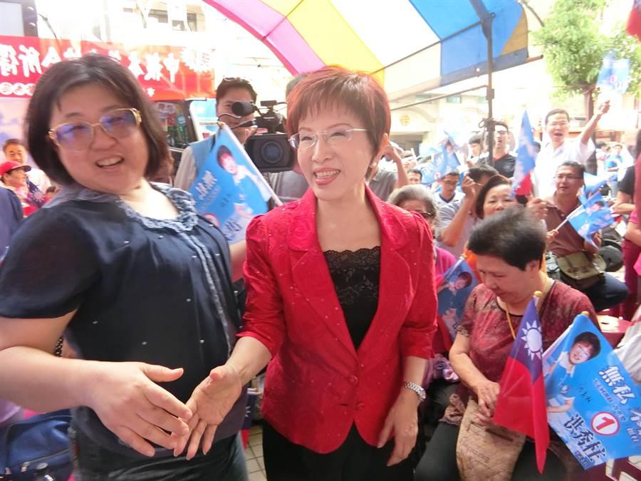 洪秀柱今天到台南參加挺柱大會。(曹婷婷攝)