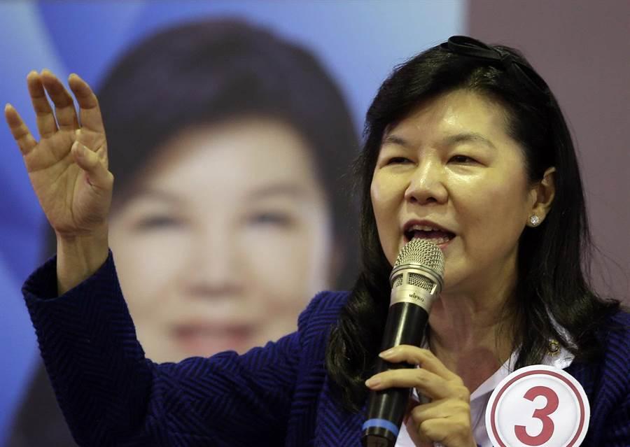 國民黨主席候選人潘維剛(如圖)7日在鳳山發表政見,她痛批蔡英文執政去蔣去中親美媚日反中,執政不到1年快把台灣搞垮,她要終結綠色恐怖執政。(王錦河攝)