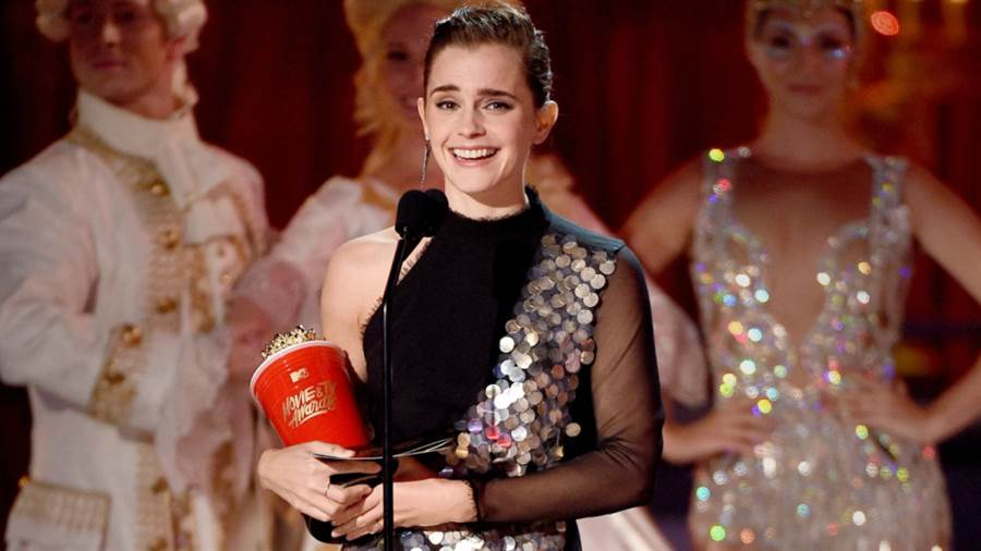 MTV電視電影頒獎典禮「最佳演員獎」的得主艾瑪華森(圖/POPSUGAR)