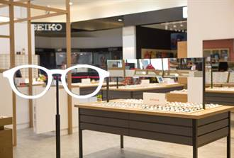 日本快時尚眼鏡品牌JINS 攜手環球插旗中和