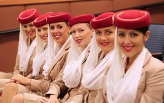 受油價禁令影響 阿聯酋航空利潤大減8成