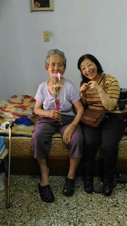 照護母親經驗 幫孝女找到好工作