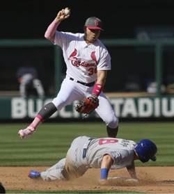 MLB》滑過頭被判妨礙守備 小熊教頭超不悅