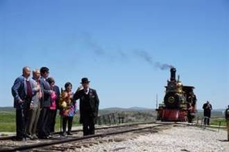 美猶他州向鐵路華工致敬