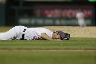 MLB》遭160km強襲球砸腳後...薛爾瑟霸氣9球3連K