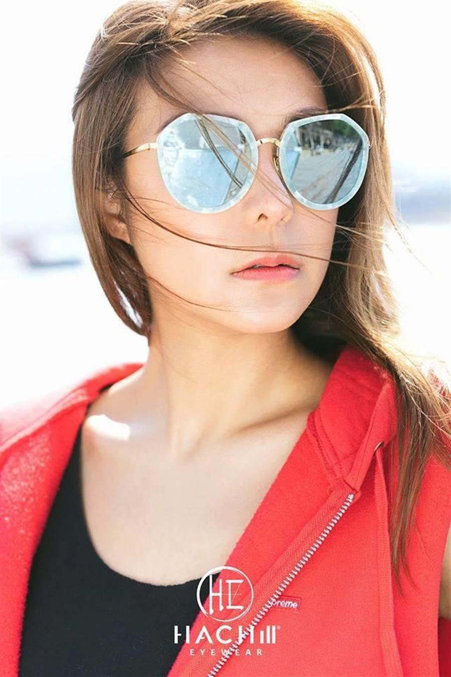 得恩堂眼鏡推小資款墨鏡,CP值相當高。(業者提供)