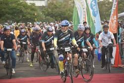南投縣「永不放棄一騎來發財」自行車活動 馬英九挑戰99.9公里