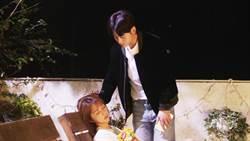 吳思賢偷親邵雨薇 太緊張雙膝竟相撞
