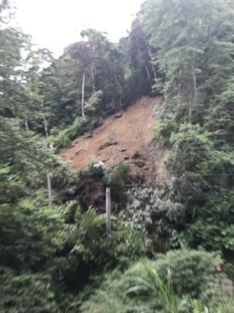 大鹿林道13公里處土石崩落 前往觀霧走替代道路