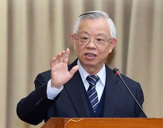 「跟彭淮南做事很輕鬆」 他說下任央行總裁得做到3點