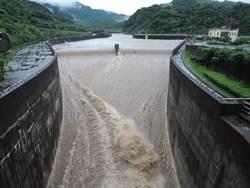 豪大雨來襲 員山子今年首次分洪