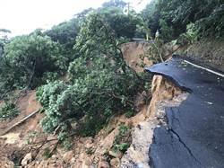 基隆40年來最大雨量 部分路段封路、公車停駛