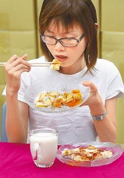 早餐常吃麵包蛋餅 當心上班愛生氣