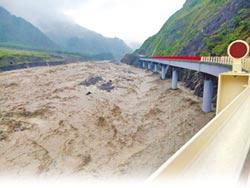 梅雨鋒面來襲 高市山區急撤464人