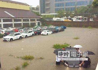 暴雨襲兩岸 台遭殃 閩警戒