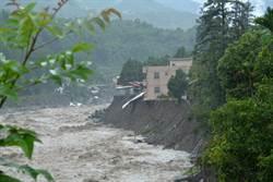 信義神木村沖毀8屋 還有3戶岌岌可危