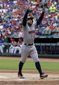 MLB》4轟撂倒遊騎兵!超狂太空人10連勝