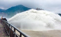石門水庫洩洪1/3 賺進2500萬噸蓄水量