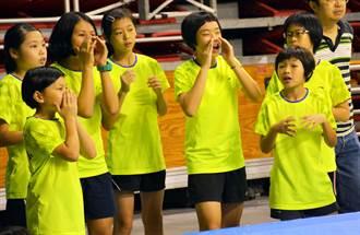 為學姐打一場比賽 屏市仁愛國小全國羽球團體賽亞軍