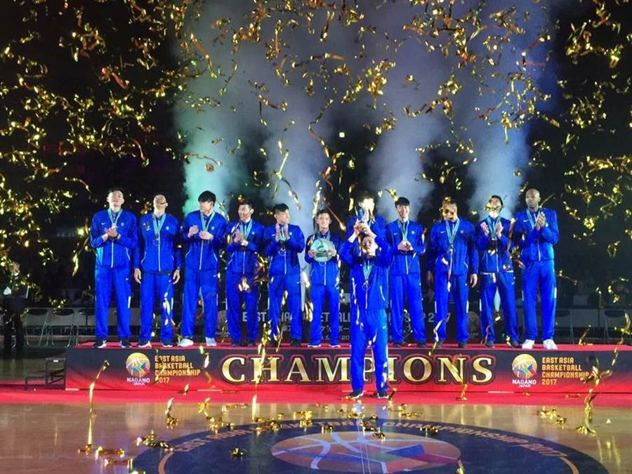 中華男籃在東亞錦標賽奪冠。(圖/中華籃協秘書長李一中提供)