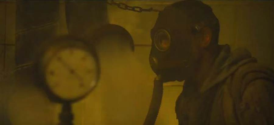 就如同電影劇情,一戰期間毒氣成了戰爭的重點開發項目。(圖/DC影業)