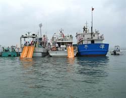 兩岸夾擊 逮海盜船