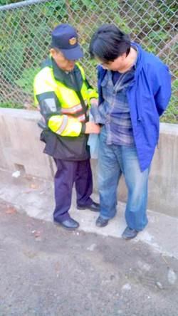電擊棒搶計程車 失業男哭窮未獲輕判