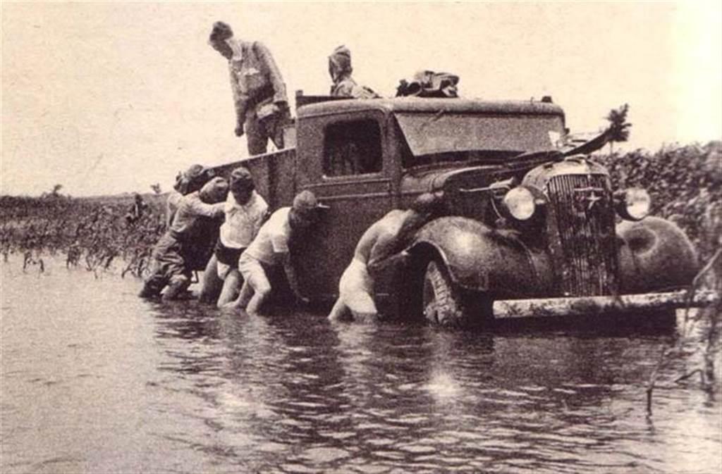 受黃泛區所阻,日軍的機械化優勢就難以發揮。(圖/網路)