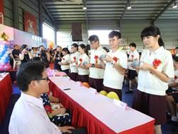 普門中學畢業生代表 為師長父母獻上感恩茶