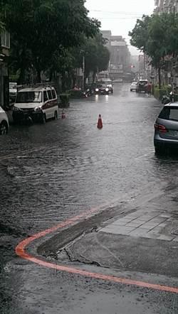 大雨又快又急 永和2處積淹水