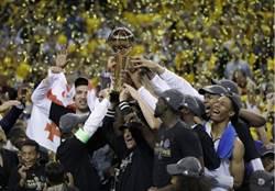 NBA》勇士第5戰封王 收視率創19年最佳