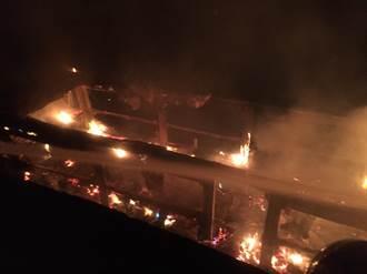 凌晨火警 大溪2船隻半毀