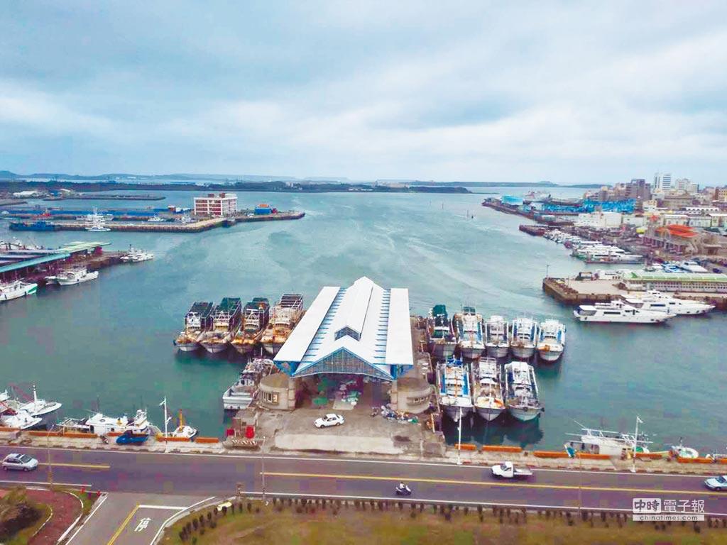 歌手潘安邦的《外婆的澎湖灣》傳唱兩岸。圖為澎湖馬公漁港。(本報系資料照片)