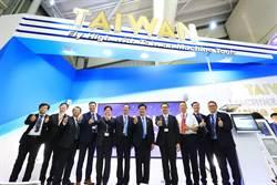 林佳龍抵巴黎航展 行銷台灣航太產業