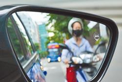 盲區懂偵測 開車更安全