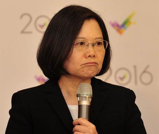 TVBS公布最新民調,蔡英文滿意度下滑至新低點,僅剩21%。(本報系資料照片)