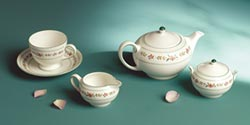 Wedgwood Belle Rose茶具 勾起英國夏日花園氛圍