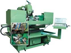 合駿精機 開發溝槽銑削、研磨加工機