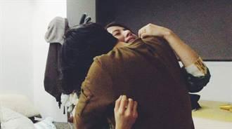 「她說好」求婚影片哭慘了!林宥嘉下跪:未來一定要有妳