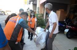 台东透明垃圾袋政策上路 首日开12张劝导单