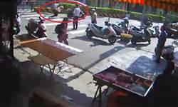 8旬婦疑搶快過馬路 遭撞送醫