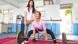 嬌小大力女 挑戰世界盃健力賽