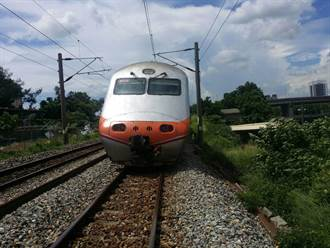 中年男突硬闖鐵軌 遭自強號撞死