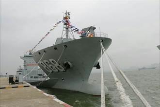 裝載力強 陸首部署吉布地 井岡山艦、東海島船當先鋒