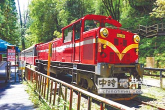 阿里山鐵路工程車出軌 司機、列車長輕傷神木線停駛到16日