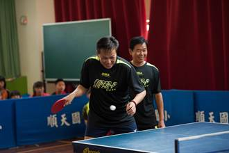 老少桌球過招 北台中青少年暑期營開幕