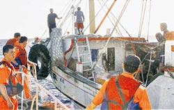 共同打擊犯罪 默契不變!兩岸夾擊 逮海盜船